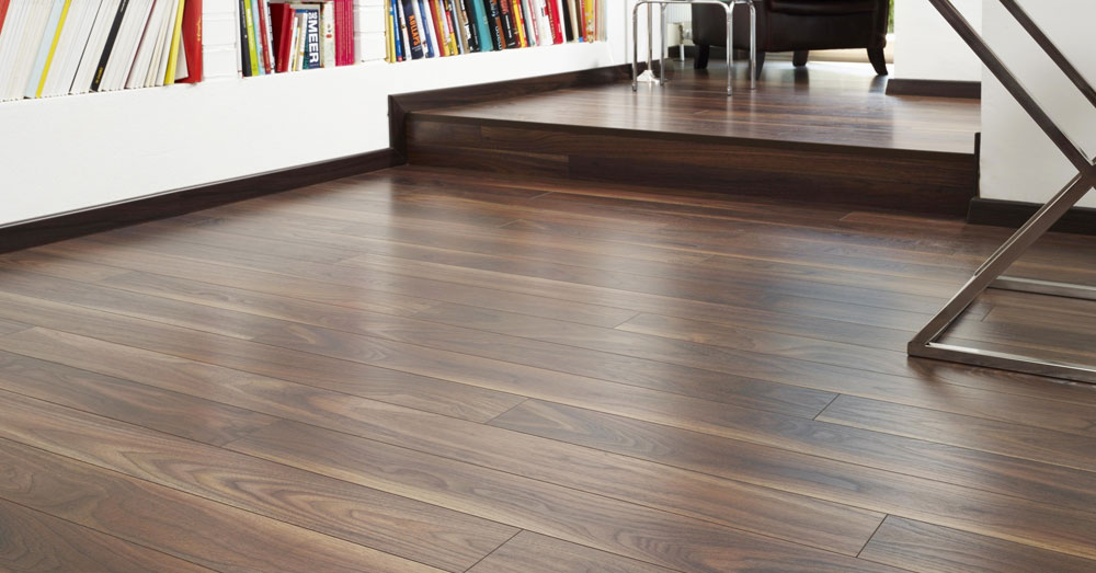 4 mẹo bạn cần biết để sàn gỗ luôn bóng và mới